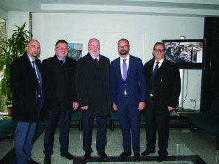 Veleposlanik SAD-a u RH posjetio grupaciju Đuro Đaković